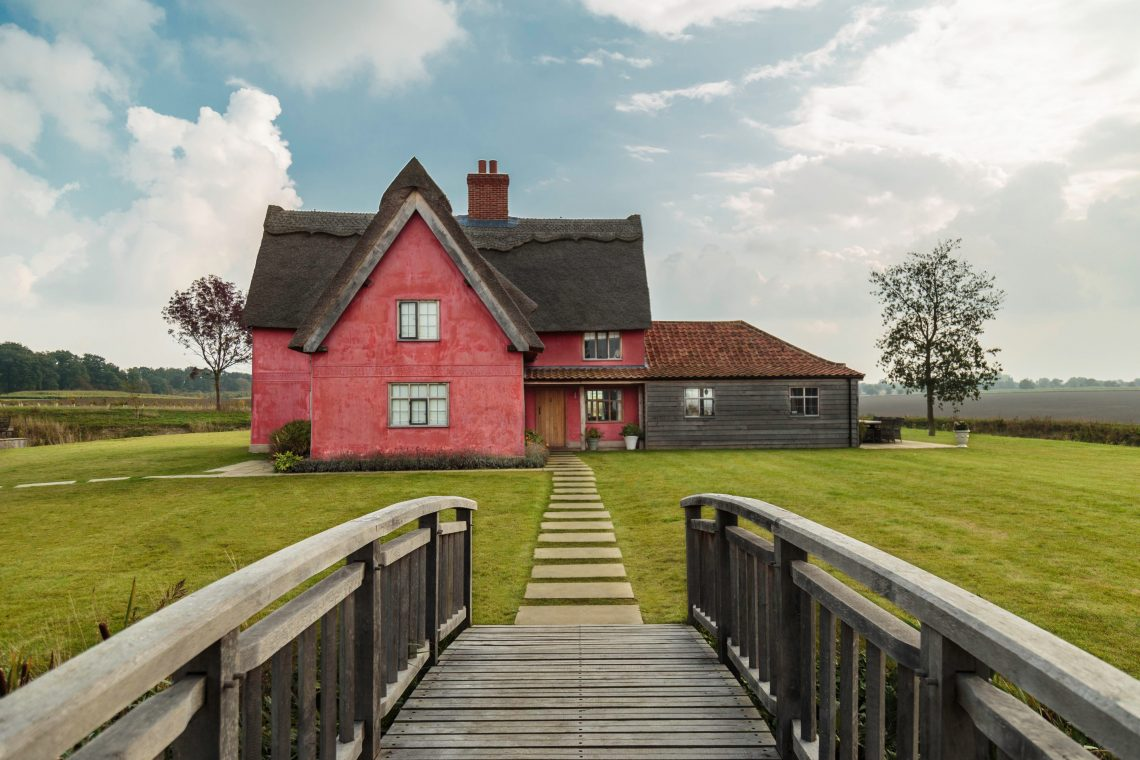 Moat Cottage – Suffolk