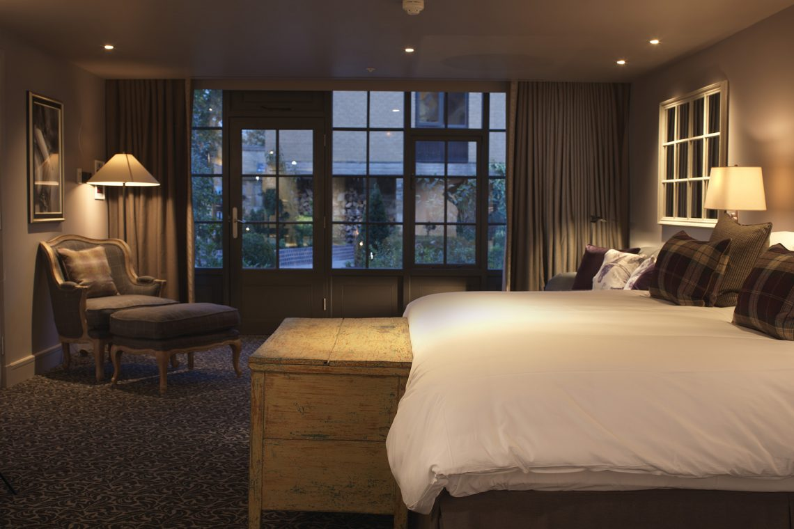The Lygon Arms Courtyard Suite 2